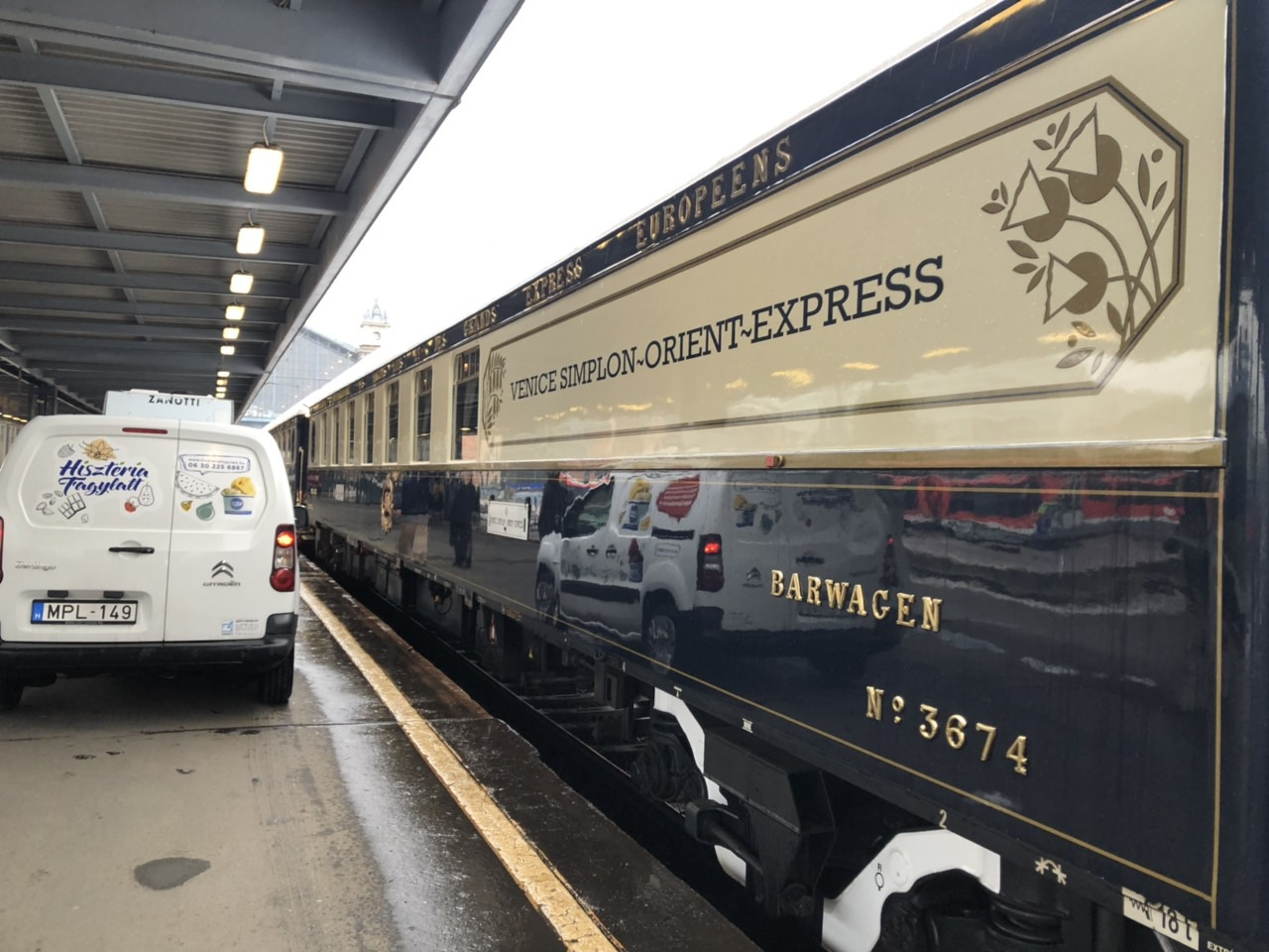 Süteményeink az Orient Expressz fedélzetén!